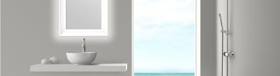 Badezimmerspiegel mit LED Licht