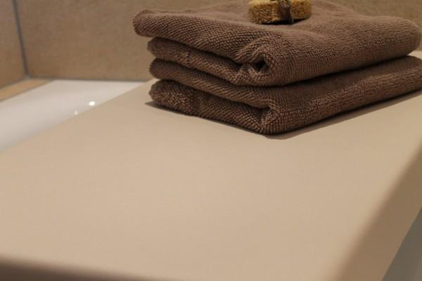 Elegance No.4 - Abdeckung für Badewanne