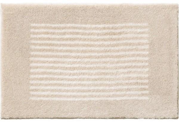 Badteppich auf Maß Linea